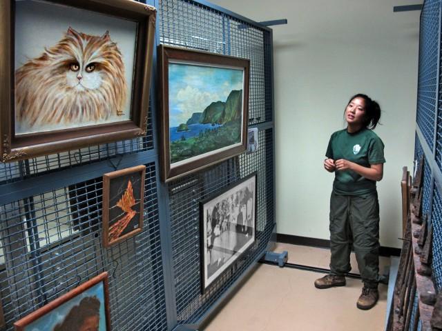 e-2494 museum julia artworkCR